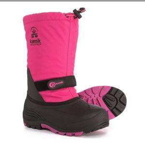 NWT Kamik Waterbug Boots, Waterproof & Insulated